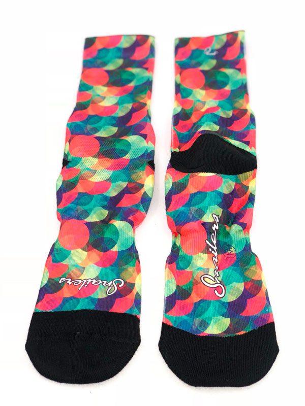 Calcetines con círculos de colores